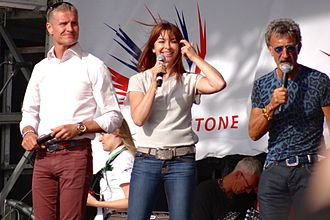 Suzi Perry - David Coulthard, Suzi Perry and Eddie Jordan at the 2013 British Grand Prix