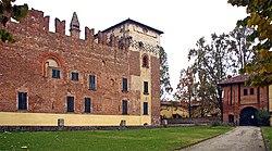 Cozzo castello2.jpg