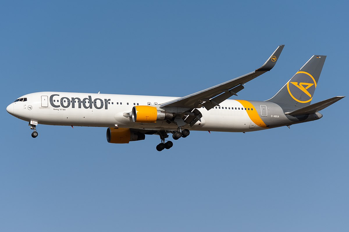 Boeing 767-300ER (D-ABUA) der Condor