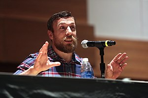 Daniel Bryan - Bryan at the 2016 Phoenix Fan Fest