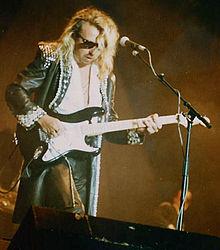 Dave Stewart Guitariste Wikip 233 Dia