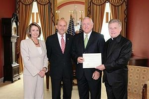 Louie Gohmert - Image: David Dykes Invocation Photo Op