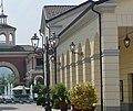 Designer Outlet Serravalle - panoramio (1).jpg
