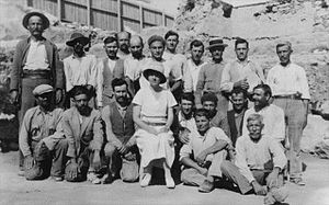Dorothy Burr Thompson - Dorothy Burr Thompson with her excavation crew at the Athenian Agora, 1933
