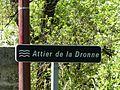 Dronne attier Villetoureix 01.jpg