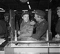 Ds. P.H. Meerburg met Korea-vrijwilligers van Schiphol naar Korea, Bestanddeelnr 904-4641.jpg