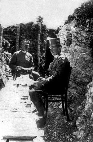 Alfred von Waldstätten - Waldstätten with Archduke Karl (1916)