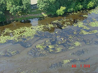 Kalamazoo River oil spill - Image: EPA's response to the Enbridge oil spill (4855267070)