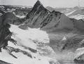 ETH-BIB-Finsteraarhorn, Agassizhorn, Eismeer, Monte Leone v. N. aus 4000 m-Inlandflüge-LBS MH01-005500.tif