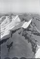 ETH-BIB-Grünegg, Grünhorn, Grindelwaldhorn, Fiescherhorn v. S. O. aus 4000 m-Inlandflüge-LBS MH01-005703.tif