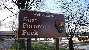 East Potomac Park - Image: East potomac sign