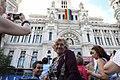 El Ayuntamiento de Madrid ya luce su bandera LGTBI, realizada íntegramente por la ciudadanía (06).jpg