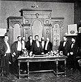El ministro de Instrucción Pública y Bellas Artes dirigiendo la palabra a los invitados, de Franzen, Blanco y Negro, 29-07-1900.jpg