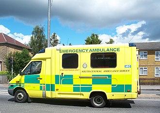 Battenburg markings - An ambulance in the UK with Battenburg markings