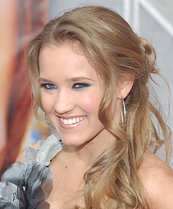 Emily Osment alla prima di Hannah Montana: The Movie (2009)