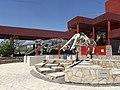 Esqueleto de pliosaurio y Mamut, Patio de las Sacas, Museo del Desierto, Saltillo Coahuila - panoramio (3).jpg