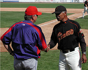 Felipe Alou - Alou (right) as manager of the Giants in 2005.
