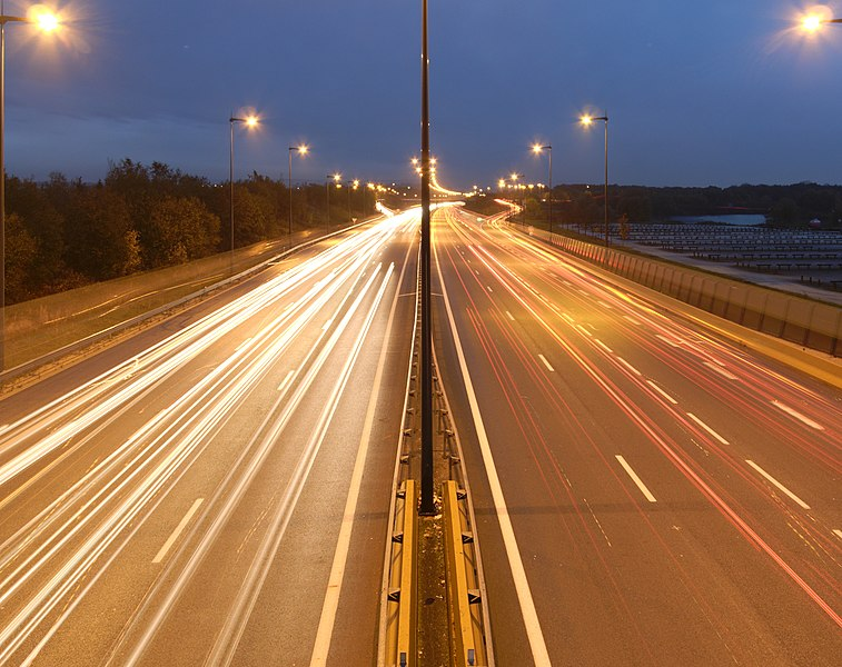 Filés de véhicules sur l'autoroute A36 à Brognard.