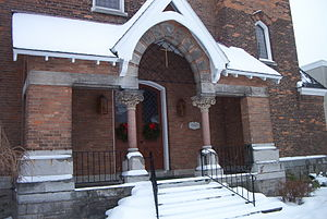 First Baptist Church of Camillus - Image: First Baptist Church Of Camillus entrance 2007 12 14