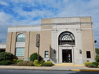 Bernville, Pennsylvania - Image: First National Bank, Bernville PA