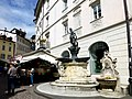 Fontana del Nettuno Piazza delle Erbe Bolzano Italy - panoramio.jpg
