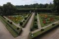 Formal garden Kromeriz (02).png