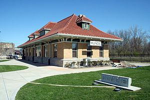 Cardinal (train) - The former station in Muncie, Indiana before the realignment via Indianapolis