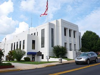 Fort Payne, Alabama - Former city hall in Fort Payne (now police headquarters)