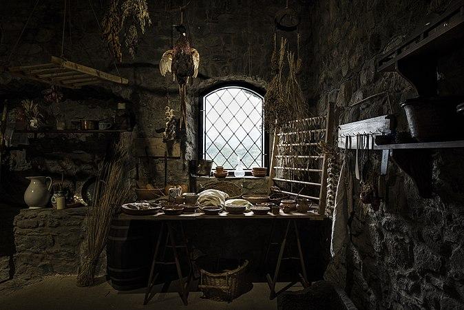Fortezza Verrucole Archeopark interno.jpg