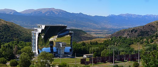 The solar furnace at Odeillo in the Pyrenees-Orientales in France can reach temperatures up to 3,500 degC (6,330 degF) Four solaire 001.jpg