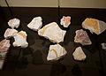 Fragments d'enduits peints-Seltz-Musée historique de Haguenau.jpg
