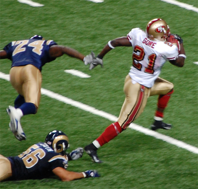 Gore in action against the St. Louis Rams in 2007. Frankgore.png