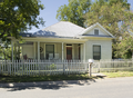 Frederick and Sallie Lyons House, Pearsall, TX.png