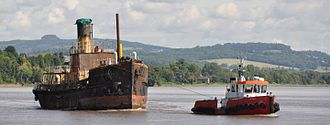 RFA Freshspring - Image: Freshspring leaving Newnham on Severn