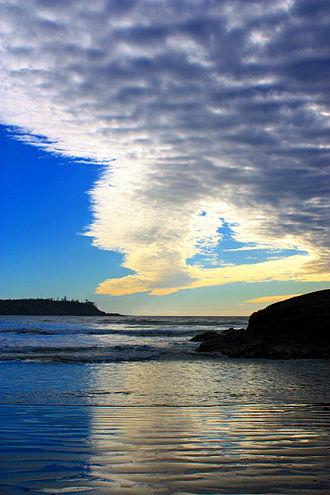 Tofino -  A cold front edge moving over Cox Bay