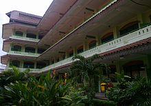 Gedung SMP Negeri 1 Jakarta yang sekarang