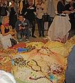 Giant cake at City Hall - Maisemakakku Kaupungintalolla rajattu IMG 9436 C.JPG