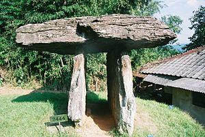 Dolmen - Image: Gochang Dolmen Sites 3