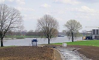 Grave, Netherlands - Image: Grave vistrap inlaat scheepswerf