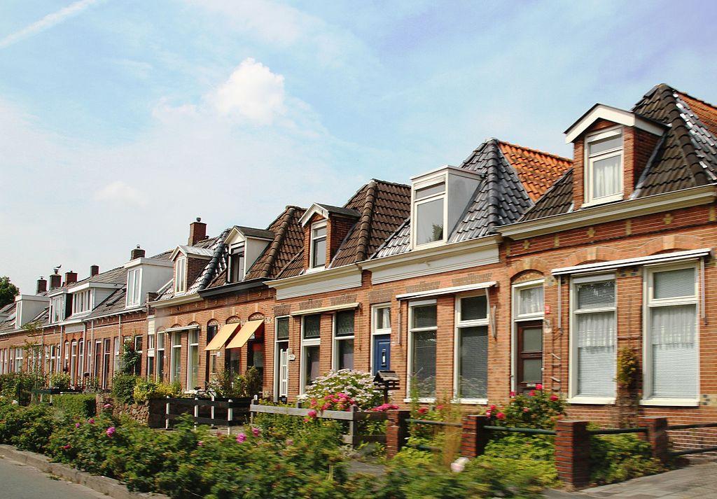Groningen Damsterdiep straat IMG 7838.JPG