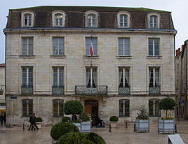 Hôtel de ville de Périgueux.jpg