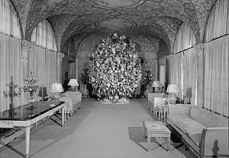 Harold Lloyd Estate - Christmas tree in 1974