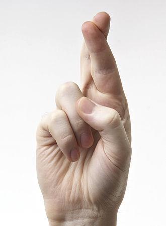 Crossed fingers - Image: Hands Fingers Crossed
