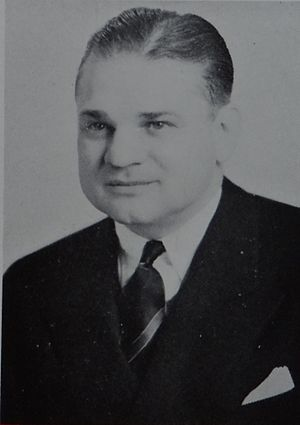 Harry Kipke - Image: Harry Kipke from 1948 Michiganensian