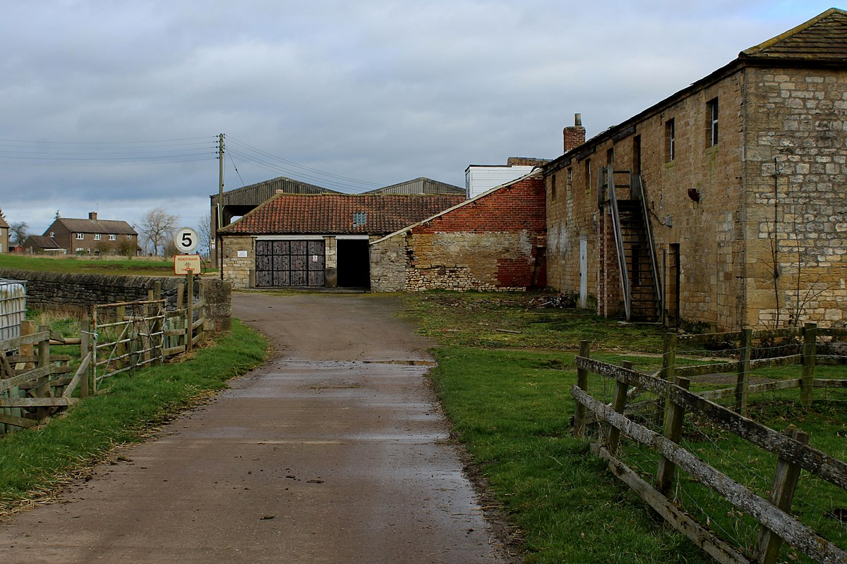 Headley Hall, near Bramham.jpg
