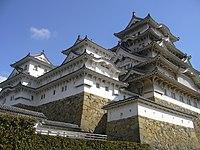Himeji Castle 01s2048.jpg