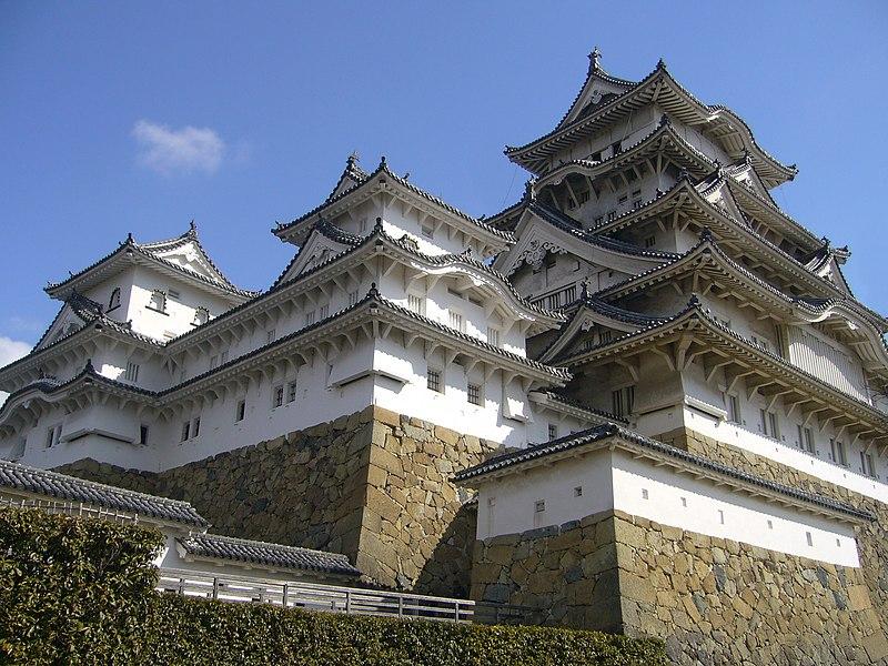 File:Himeji Castle 01s2048.jpg