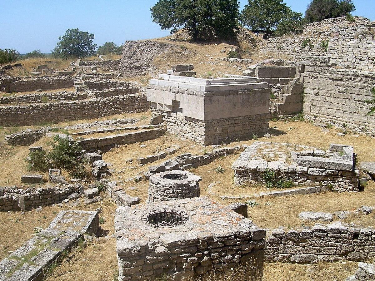 Hisarlik, Troy (2).jpg
