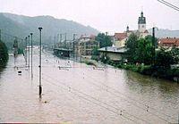 Hochwasser 2002 - Bahnhof Potschappel.jpg