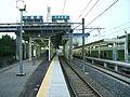 Hokuso-railway-Komuro-station-platform-20081026.jpg